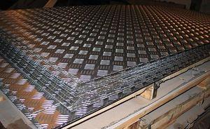 Лист алюминиевый рифленый 3х1200х3000мм (Диамант) ТУ 1-801--20-200